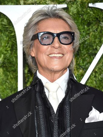 Tommy Tune arrives at the 71st annual Tony Awards at Radio City Music Hall, in New York