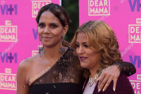 """Halle Berry, left, and Jessica Mendoza arrive at the 2nd Annual """"Dear Mama: An Event To Honor Moms"""", in Pasadena, Calif"""