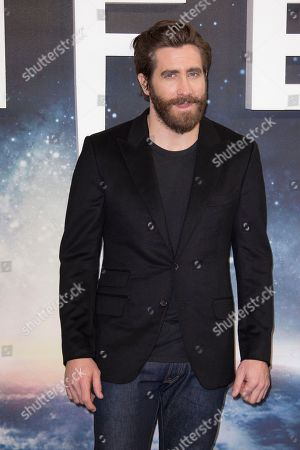 Stock Photo of Actor Jake Gyllenhall poses for photographers at the photo call for the film, Life, at a central London hotel