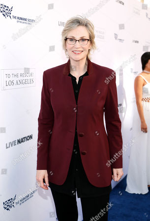 Jane Lynch walks the carpet at The Humane Society of the United States' To The Rescue! Los Angeles Benefit at Paramount Studios, in Los Angeles. The event benefits The HSUS' Farm Animal Protection campaign and honors Sen. Cory Booker, D-NJ, and Christina Grimmie (posthumously) with performances by Noah Cyrus, Pharrell and Rachel Platten