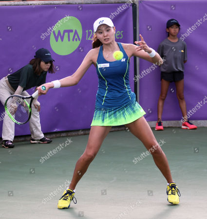 Su Jeong Jang returns volley on Center Court for the final of the WTA 125k Hawaii Open at Patsy T. Mink Central Oahu Regional Park in Waipahu, Hawaii - Michael Sullivan/CSM