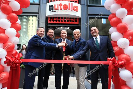 L-R) Rick Fossali, head of operations, Nutella Cafe, Nutella® fan Rocco DiSpirito, Paul Chibe, President and CEO, Ferrero North America, Daniele Bondi, Global President of Food Service for Ferrero, and Noah Szporn, head of marketing, Nutella North America, get ready to cut the ribbon and officially open Nutella Cafe on in Chicago, Ill