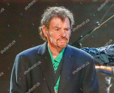 """Guitarist and fiddle player Jeff Cook from the band Alabama perform at the concert """"Sing me Back Home: The Music of Merle Haggard"""" in Nashville, Tenn. Cook announced he has Parkinsonâ?™s disease and will no longer be regularly touring with the band"""
