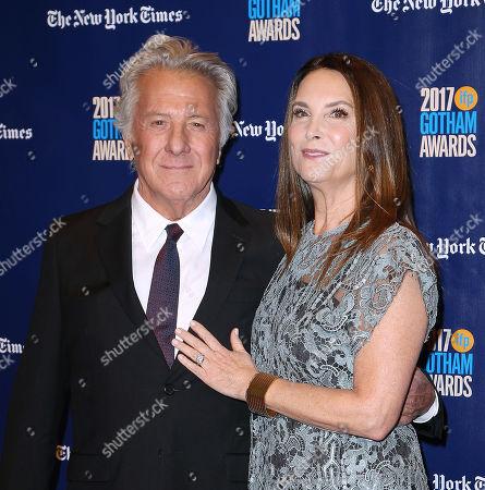 Dustin Hoffman and Lisa Gottsegen (wife)