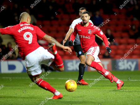 Charlton's Leon Best looks on as his strike partner, Josh MaGennis takes a shot at goal during Charlton Athletic vs Peterborough United, Sky Bet EFL League 1 Football at The Valley on 28th November 2017