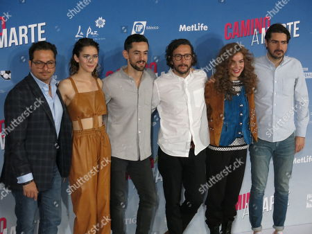 "Marco Polo Constandse, Tessa Ia, Luis Gerardo Mendez, Humberto Hinojosa, Camila Sodi, Pablo García Gatterer. The cast and crew of the Mexican film ""Camino a Marte"" pose during a press conference in Mexico City. The film about two friends on a road trip in Baja premieres on Dec. 1. From left, producer Marco Polo Constandse, actress Tessa Ia, actor Luis Gerardo Mendez, director Humberto Hinojosa, actress Camila Sodi and producer Pablo García Gatterer"