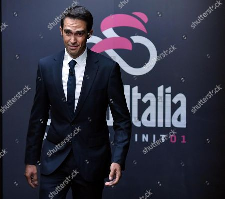 Former Spanish rider Alberto Contador attends the presentation of the 'Giro d'Italia' 2018 in Milan, Italy, November 29, 2017. Next year the world's second-biggest stage cycling race after the Tour de France will start in Jerusalem on Friday May 4 and will end in Rome on Sunday May 27 after 3,546.2 km.