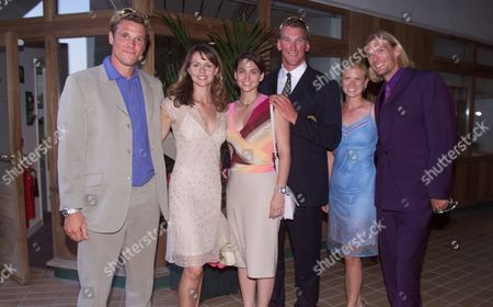 Wimbledon Tennis Championships 2001 Olympic Rowers James Cracknell Matthew Pincent And Tim Foster With Girlfriends At Wimbledon.