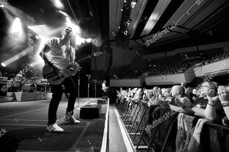 Richie Malone (Guitar & Vocals) of Status Quo