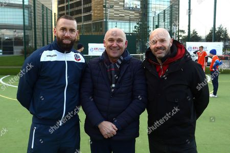 Aaron Wilbraham of Bolton Wanderers, Mike Phelan and Danny Mills