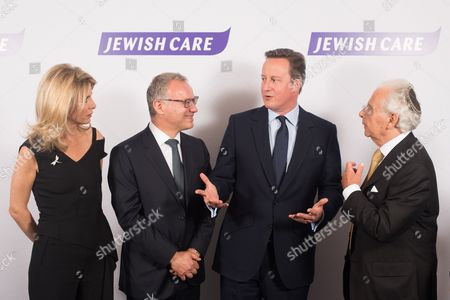 Nicola Loftus, Steven Lewis Chairman of Jewish Care, Prime Minister David Cameron and Lord Lord Levy.