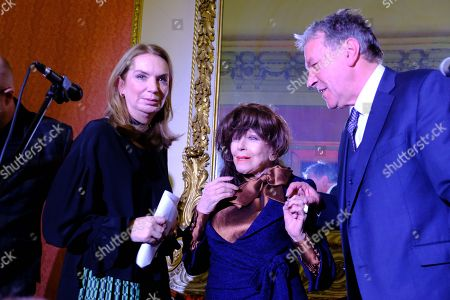 Nancy Sladek, Fenella Fielding and Tim Bentinck