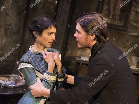 Alexander Knox as Stranger,Claire Redcliffe as Vivian