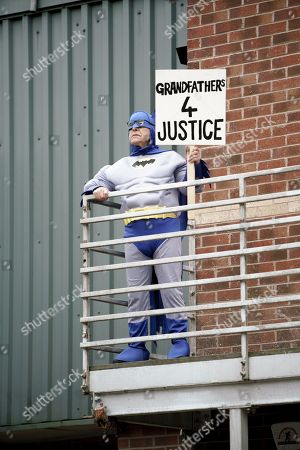 Ep 9319 Wednesday 6th December 20017 - 2nd Ep  Norris Cole, as played by Malcolm Hebden, climbs up onto the factory gantry and stages a protest on behalf of Mary.