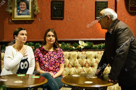 Ep 9317 Monday 4th December 20017 - 2nd Ep  Norris Cole, as played by Malcolm Hebden, approaches Tracy Barlow, as played by Kate Ford, and Mary Taylor, as played by Patti Clare, with the news that Jude and Angie are going back to South Africa for good. Mary's aghast.