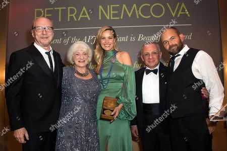 Paul Haggis, Chris Oxley, mother of Simon Atlee, Petra Nemcova, winner of the APJ Brilliant Is Beautiful award, Pascal Raffy and David Belle