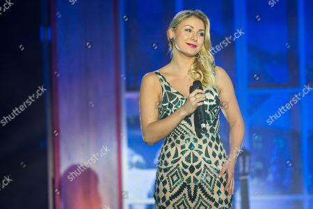 ..Anna-Carina Woitschack