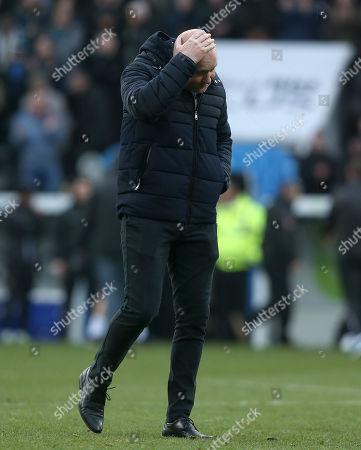 Oxford City Head Coach Mark Jones shows his dejection