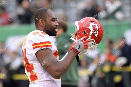 Kansas City Chiefs' Darrelle Revis warms-up before an NFL football game between the Kansas City Chiefs and the New York Jets, in East Rutherford, N.J