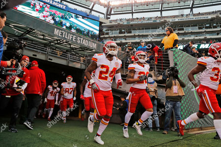 Kansas City Chiefs' Darrelle Revis (24) runs on the field before an NFL football game between the Kansas City Chiefs and the New York Jets, in East Rutherford, N.J