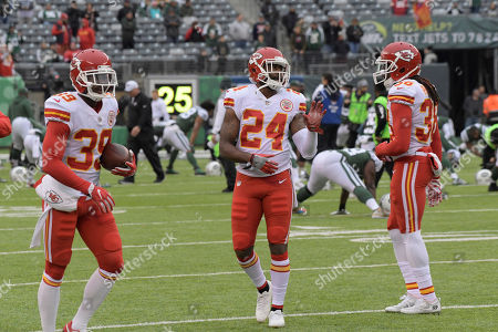Kansas City Chiefs' Darrelle Revis (24) warms-up before an NFL football game between the Kansas City Chiefs and the New York Jets, in East Rutherford, N.J