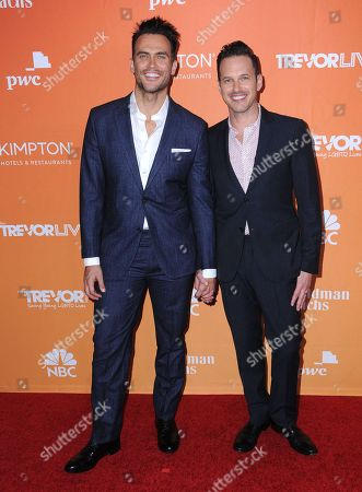 Cheyenne Jackson and Jason Landau
