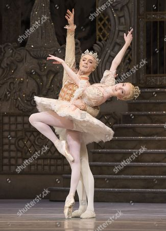 Sarah Lamb as Sugar Plum Fairy,  Steven McRae as The Prince