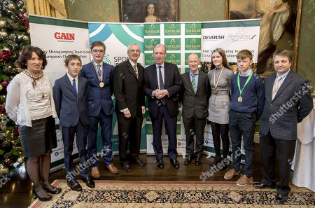Shane Ross, T.D. Minister for Transport, Tourism and Sport with Liz Brennan (HSI), Harry Allen, Ciaran Nallon, John Treacy (CEO Sport Ireland), Ronan Murphy (Horse Sport Ireland CEO), Abbie Sweetnam, Seamus Hughes Kennedy and team manager Gary Marshall from the Irish Pony Show Jumping team (Under 16) that won gold at the European Championships