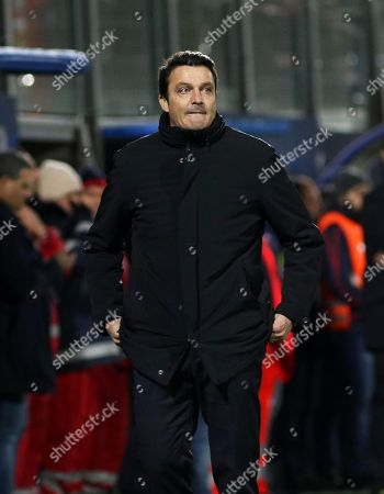 Udinese's head coach Massimo Oddo gestures during the Italian Serie A soccer match between FC Crotone and Udinese Calcio at the Ezio Scida stadium in Crotone, Italy, 04 December 2017.