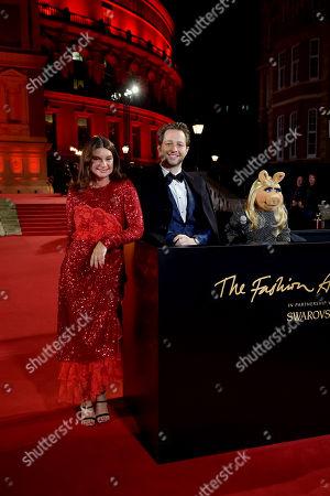 Natalie Massenet, Derek Blasberg and Miss Piggy
