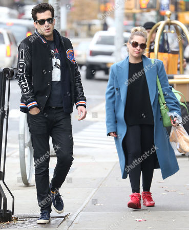 Stock Picture of Mark Ronson, Samantha Urbani