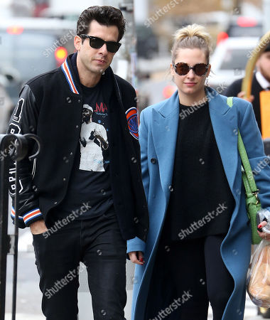 Stock Image of Mark Ronson, Samantha Urbani