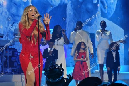Mariah Carey and her children Monroe Cannon and Moroccan Cannon