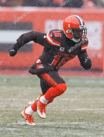 Cleveland Browns wide receiver Andrew Hawkins (16) plays against the Cincinnati Bengals in the first half of an NFL football game, in Cleveland