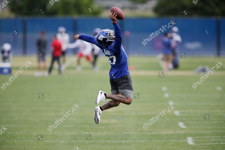 New York Giants Valentino Blake participates in a NFL football practice in East Rutherford, N.J
