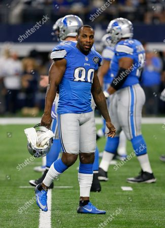 Detroit Lions' Anquan Boldin (80) walks across the field during warm ups before an NFL football game against the Dallas Cowboys, in Arlington, Texas