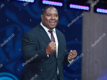 Former NFL running back Maurice Jones-Drew speakes to the crowd during the first round of the 2017 NFL football draft, in Philadelphia