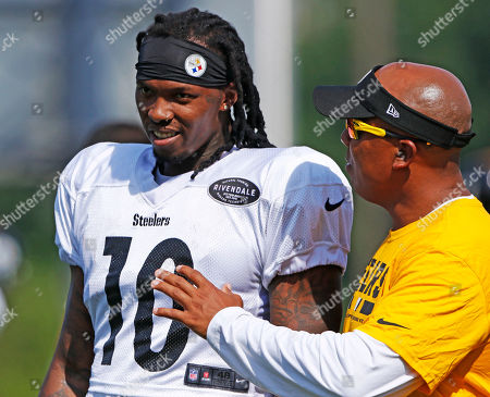 Martavis Bryant, Hines Ward. Pittsburgh Steelers wide receiver Martavis Bryant (10) gets instruction from receiver coach Hines Ward during a practice at the NFL football team's training camp in Latrobe, Pa., on . It was Bryant's first day back at practice with the Steelers after serving a year-long suspension