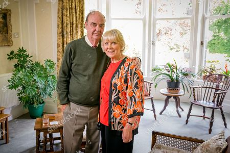 (Ep 1) - Dave Hill as Frank Lester and Wendy Craig as Barbara Thackery