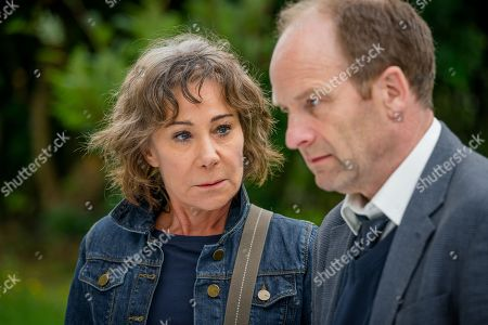 (Ep 1) - Zoe Wanamaker as Gail Stanley and Adrian Rawlins as Dave Stanley