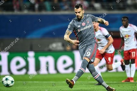Besiktas Istanbul's Alvaro Negredo scores by penalty the 1-0 goal during the UEFA Champions League group G soccer match between RB Leipzig and Besiktas Istanbul in Leipzig, Germany, 06 December 2017.