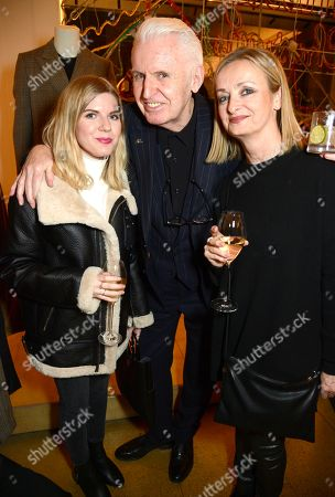 Mike McCartney (middle) with guests