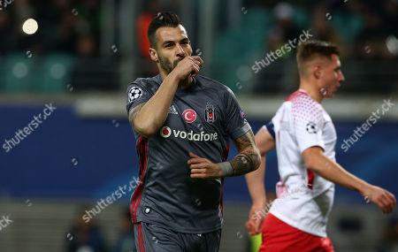 Alvaro Negredo 1:0    celebration   1:0       Football / UEFA CL Champions League  /  2017/2018 / 06.12.2017 /  RB Leipzig RBL vs. Besiktas Istanbul