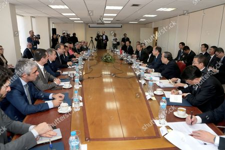 Greek and Chinese delegation speak during their meeting, in Athens, Greece, 07 December 2017. The focus of talks during China?s Vice Premier Ma Kai's visit to Greece will be on new technology, tourism and agri-food products.