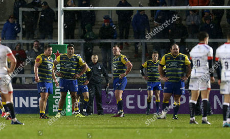 Dejected Brad Thyer, Nick Williams and Matthew Rees of Cardiff Blues.