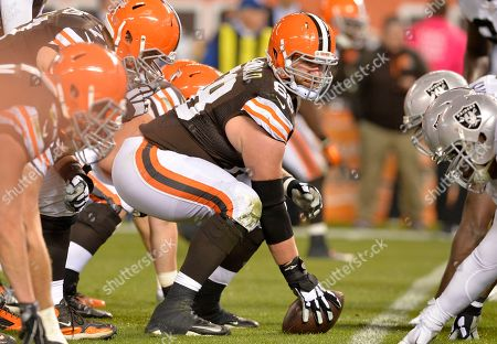 Cleveland Browns center Nick McDonald (68) lines up during an NFL football game against the Oakland Raiders, in Cleveland. Cleveland won 23-13