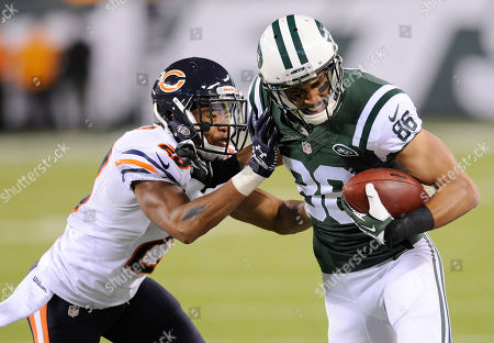 New York Jets wide receiver David Nelson (86) tries to fend off Chicago Bears cornerback Kyle Fuller (23) in the third quarter of an NFL football game, in East Rutherford, N.J