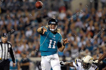 Blaine Gabbert, Antwan Barnes. Jacksonville Jaguars quarterback Blaine Gabbert (11) throws a pass in front of San Diego Chargers outside linebacker Antwan Barnes (98) during the first half of an NFL football game in Jacksonville, Fla