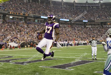 Editorial photo of Cowboys Vikings Football, Minneapolis, USA - 27 Aug 2011