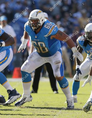San Diego Chargers center Matt Slauson (68) during the second half of an NFL football game against the Tennessee Titans, in San Diego